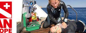 ADVANCED OXYGEN FIRST AID FOR SCUBA DIVING INJURIES